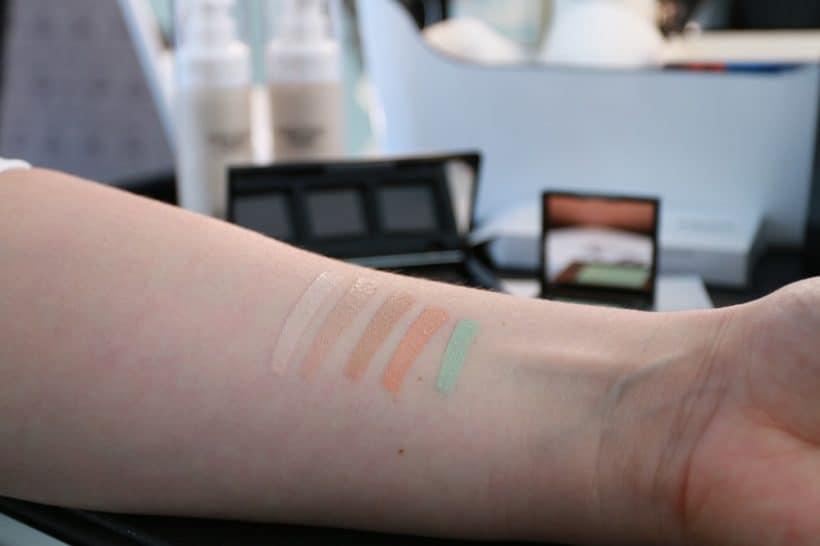 Korektor – kosmetický produkt, který zachrání situaci.